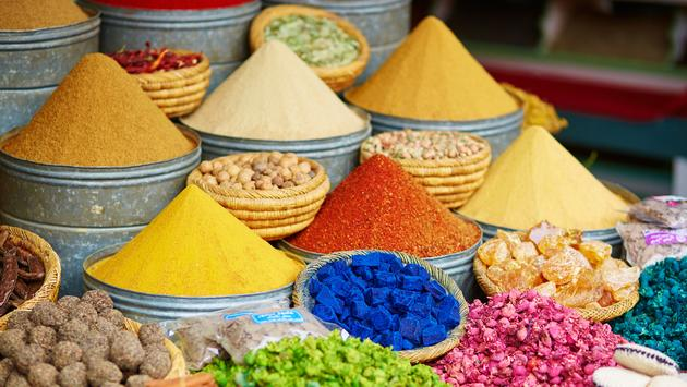 Selection of spices on a traditional Moroccan market (souk) in Marrakech, Morocco (encrier / iStock / Getty Images Plus)
