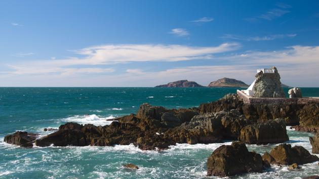 Lookout at Mazatlan coast Mexico (photo via belfasteileen / iStock / Getty Images Plus)