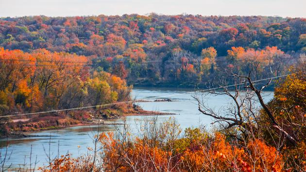 The Missouri River in Omaha during Fall (f1monaco31 / iStock / Getty Images Plus)