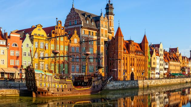 The riverside with the characteristic promenade of Gdansk, Poland. (Photo via nightman1965 / iStock / Getty Images Plus)