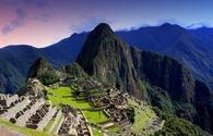 A hidden paradise. (photo via HannahWade / iStock / Getty Images Plus)
