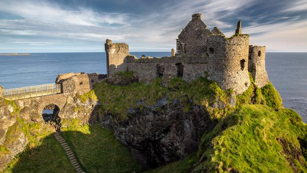 Ruins of Dunluce Castle, Northern Ireland, Co. Antrim (Rainbow79 / iStock / Getty Images Plus)
