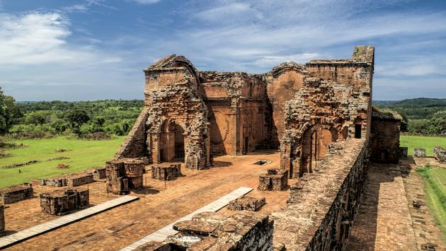 Historical site of Encarnacion and jesuit ruins in Paraguay, south America (MisoKnitl / iStock / Getty Images Plus)