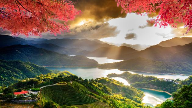 Image of beatiful landscape, Taiwan (photo via nicholashan / iStock / Getty Images Plus)