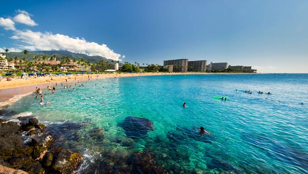 Kaanapali Beach from Black Rock, Maui, Hawaii (photo via 7Michael / iStock / Getty Images Plus)