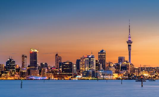 Auckland City at sunset (NZSteve / iStock / Getty Images Plus)