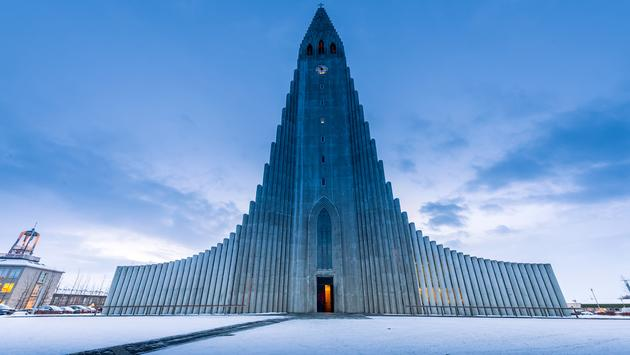 Hallgrimskirkja cathedral in reykjavik iceland (photo via surangaw / iStock / Getty Images Plus)