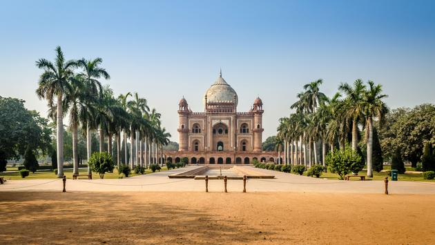 the beautiful view of Safdarjung tomb, New Delhi (photo via Nsaini18 / iStock / Getty Images Plus)