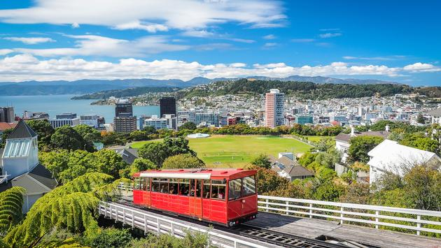 The most famous landmark in Wellington. (photo via Robert Chang / iStock / Getty Images Plus)
