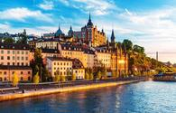 Old Town in Stockholm, Sweden (photo via scanrail / iStock / Getty Images Plus)