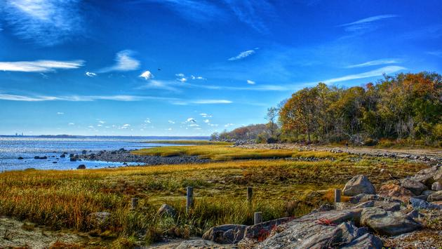 Greenwich Point Park Shoreline in Autumn (Photo via Ashley_Minkus / iStock / Getty Images Plus)