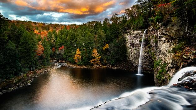 Cane Creek Falls in Fall Creek Falls State Park in Tennessee. (photo via RichardBarrow / iStock / Getty Images Plus)