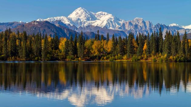 Byers Lake Alaska Fall with Mount McKinley, Denali (photo via mbarrettimages/iStock/Getty Images Plus)