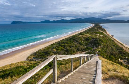 The Neck of Bruny Island, Tasmania (photo via Oliver_Koch / iStock / Getty Images Plus)