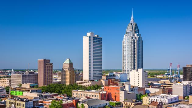 Mobile, Alabama, USA downtown skyline. (photo via SeanPavonePhoto/iStock/Getty Images Plus)