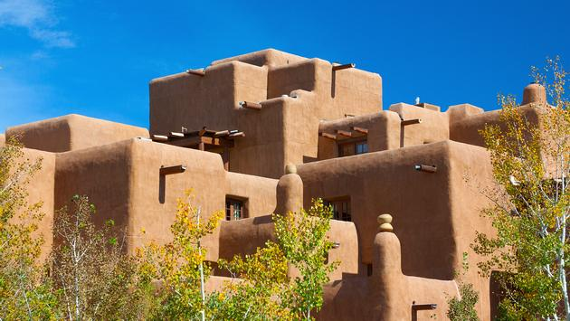 Santa Fe (blewulis / iStock / Getty Images Plus)