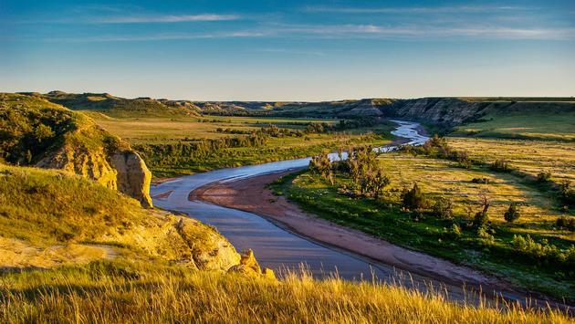 North Dakota Badlands (rruntsch / iStock / Getty Images Plus)