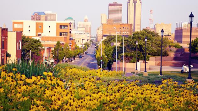 Morning in Des Moines, Iowa. Skyline of the city. (Photo via benkrut / iStock / Getty Images Plus)