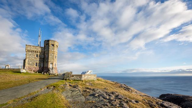 Sunny day overlooking the ocean from Cabot Tower on Signal Hill, Newfoundland and Labrador (CookiesForDevo / iStock / Getty Images Plus)