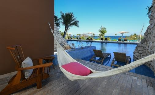 Book any suite at Casa Fuego, and reveal the ALL-FUN INCLUSIVE™ experience!