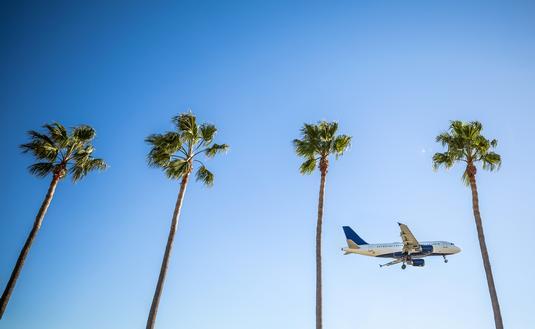 International flight landing in Los Angeles