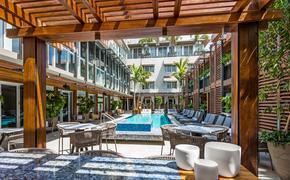 La piscine du Lennox Hotel Miami