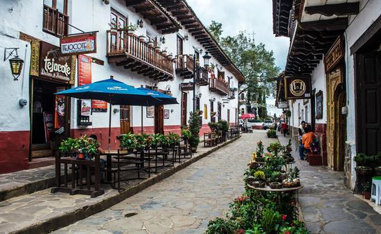 En Mazamitla, Jalisco, se pueden recorrer las calles empedradas. (Foto de Secretaría de Turismo de Jalisco)