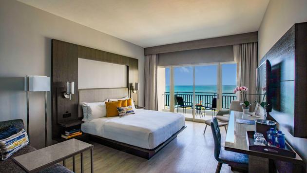 San Juan Marriott Resort & Stellaris Casino, suite, hotel