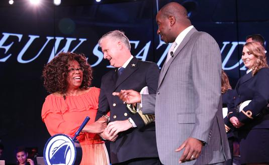 Oprah Winfrey at HAL ceremony