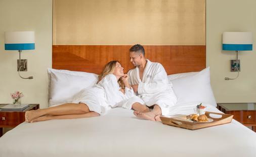 Bed & Breakfast Pacakge