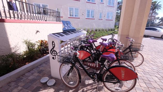Fenway Hotel Bikes, Dunedin, Florida