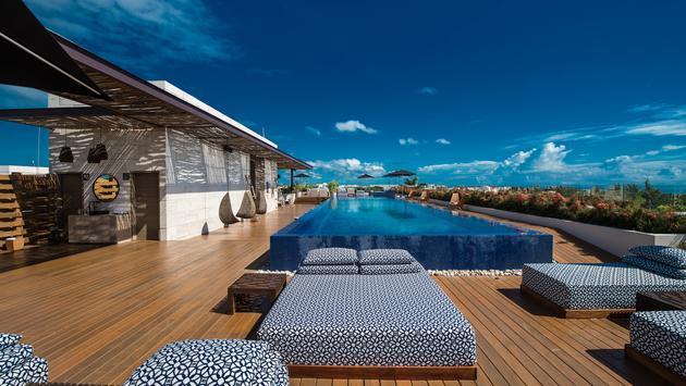 FOTO: Los huéspedes pueden disfrutar de la terraza en Live Aqua Boutique Resort by Fiesta Americana. (Foto de La Coleccion Resorts by Fiesta Americana)