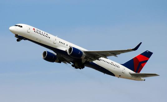 Delta Air Lines Boeing 757-200 taking off from LAX