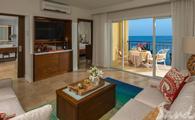 65% Off Rack Rate: Italian Beachfront One Bedroom Butler Suite
