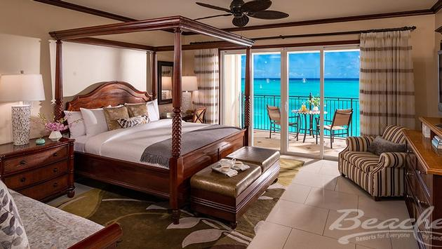 Italian Beachfront Penthouse Two Bedroom Imperial Butler Family Suite