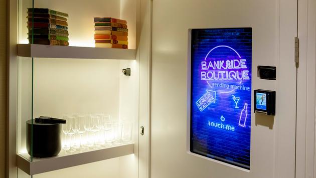 vending machine, hotel, hotel floor, bankside