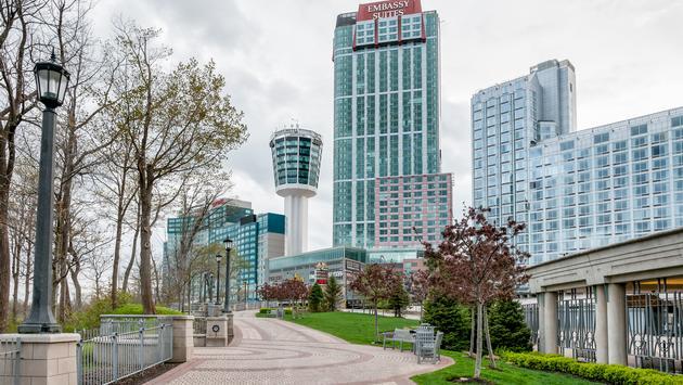 Embassy Suites hotel in Niagara Falls