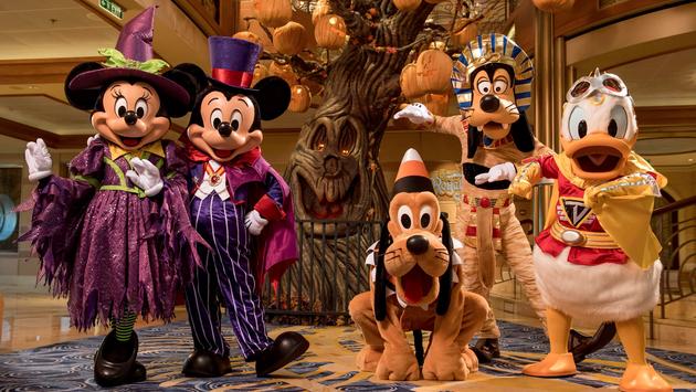Halloween on the High Seas – The Pumpkin Tree Aboard the Disney Dream