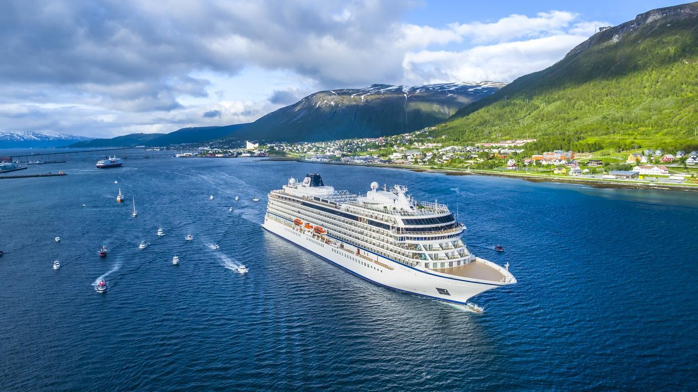 Viking Sky is Evacuating 1,300 People Via Helicopter After Engine Problems