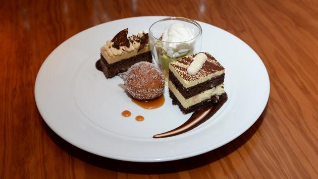We wrapped up our Lip Smacking Foodie Tour with a sumptuous dessert plate at Wolfgang Puck's Cucina.
