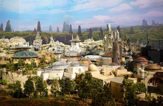 Scale model of Star Wars: Galaxy's Edge at D23 Expo 2017