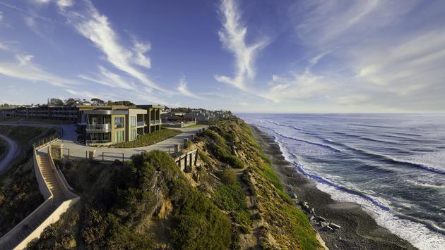 Exterior View of the Alila Marea Beach Resort Encinitas