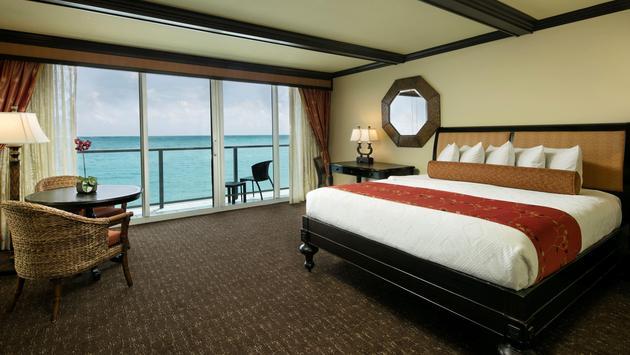 Guestroom at Jupiter Beach Resort & Spa
