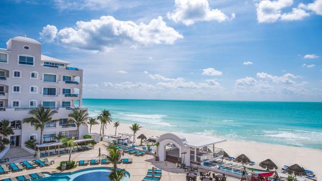 Save up to 50% at Panama Jack Resorts Cancun