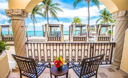Save Up to 60% at Panama Jack Resorts Playa del Carmen