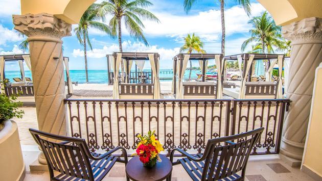 Save Up to 60% at Panama Jack Resorts Playa del Carmen