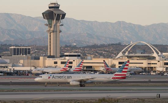 American Airlines jets at Los Angeles International Airport