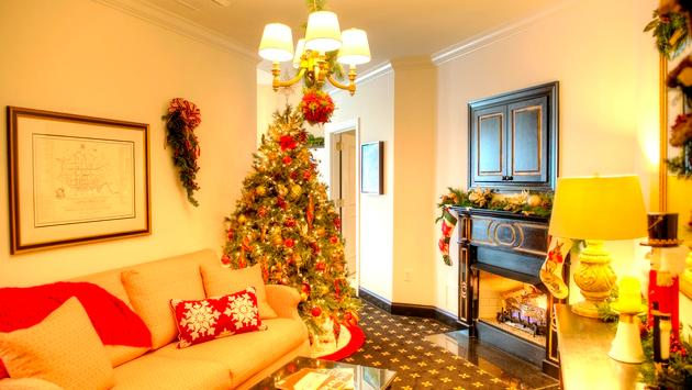 Southern Sleigh Bell Suite Foyer