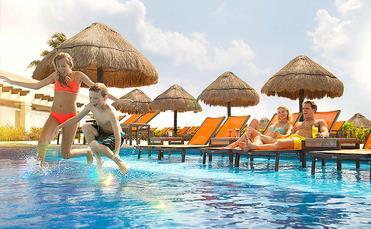 Fun at Moon Palace Cancun