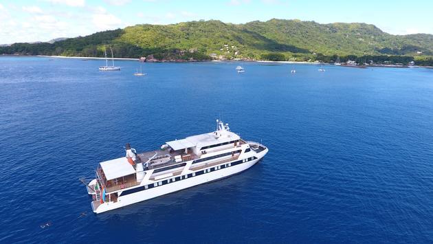 M/Y Pegasos in the Seychelles